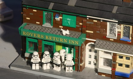WIN TICKETS TO THE LAUNCH OF LEGOLAND DISCOVERY CENTRE's NEW STAR WARS MINILAND