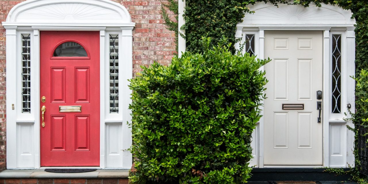 The advantages of renting rather than buying a family home - Notes to Self