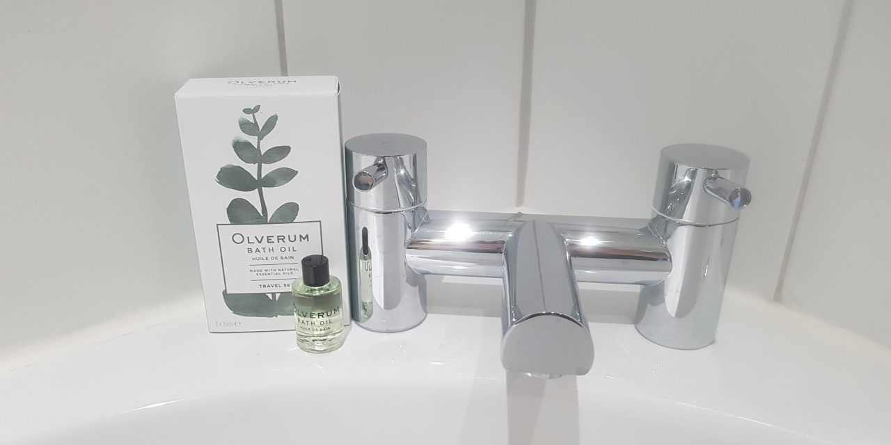 Olverum Bath Oil Review: Pour, Soak & Relax